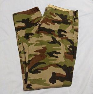 Gap camo pants